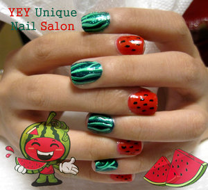 water_melon_nail_by_YEYUniqueNail